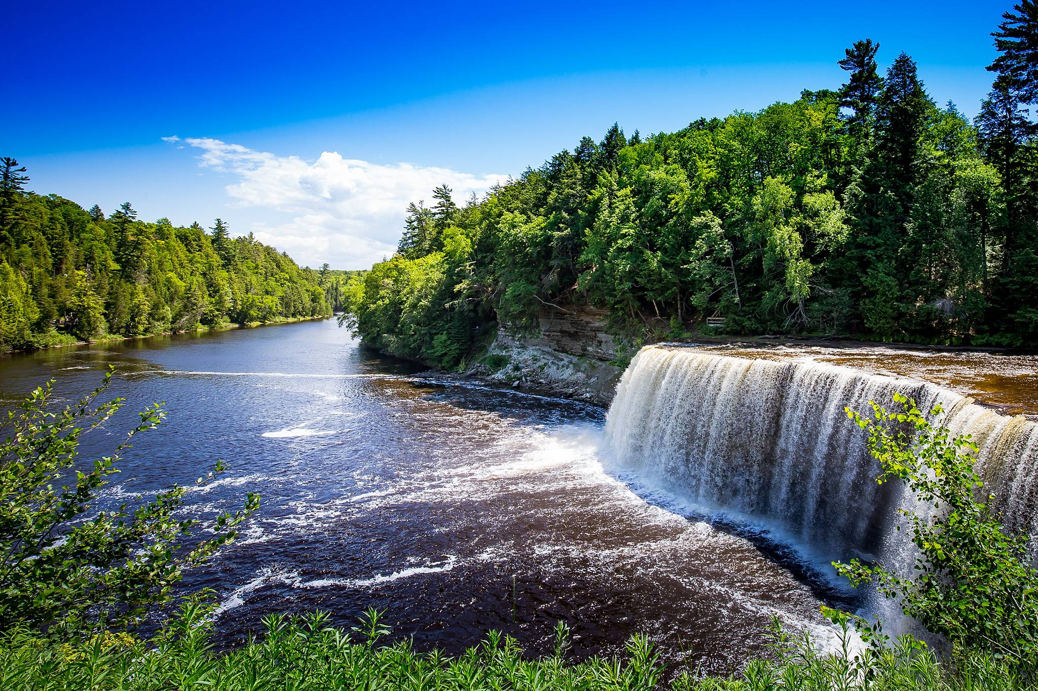 tahquamenon falls michigan Tom Schmidt Photo travel blog