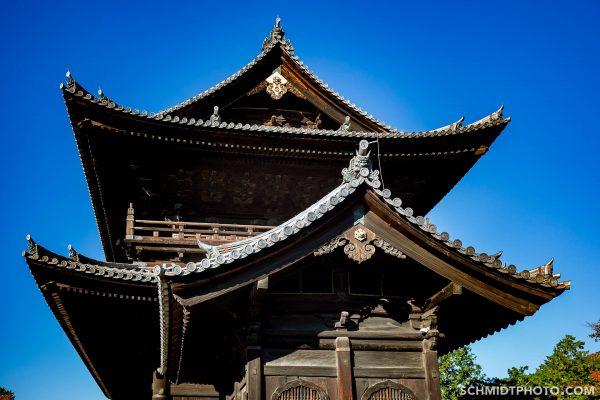 many zen gardens hidden in these temples - 46